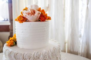 real bride series wedding cake